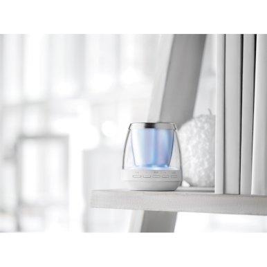 Zvučnik, bluetooth i FM radio i svjetlo, bijeli