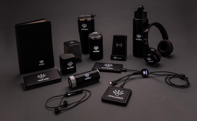 Kablovi za punjenje, sa svijetlećim logom, 3u1, crni