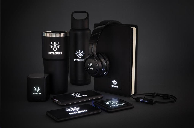 Punjač, bežični, svjetleći logo, crni